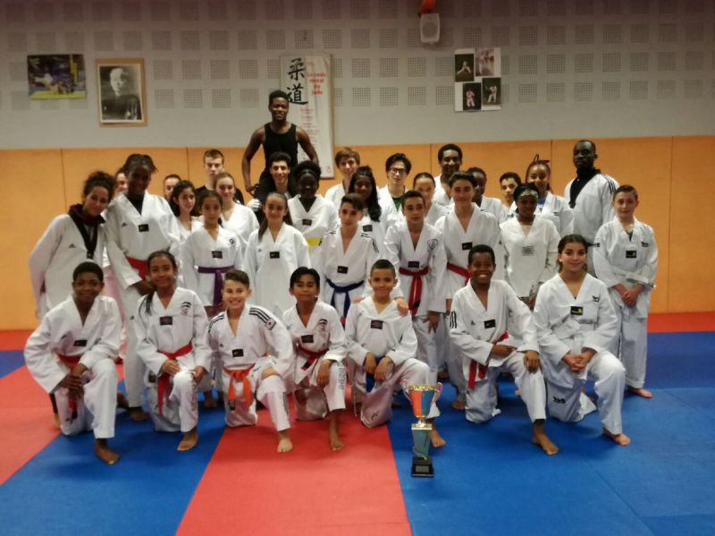 club taekwondo savigny le temple